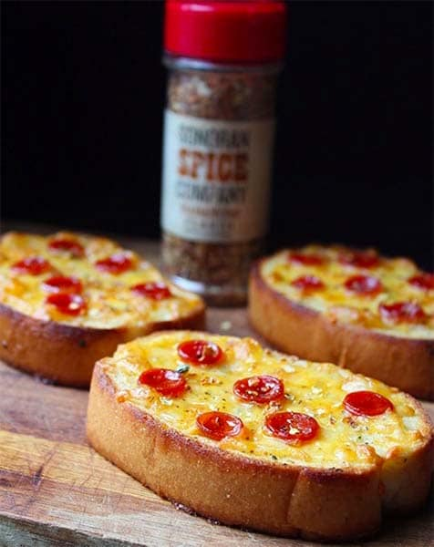 Texas Toast Pizza with Habanero Flakes
